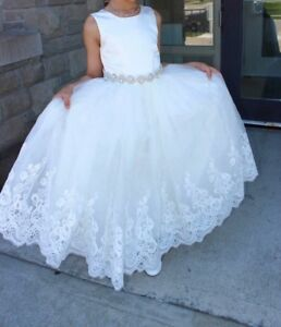 Gorgeous Flower Girl / Communion Dress