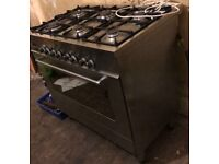 DeLonghi Professional Gas Cooker - QUICK SALE NEEDED!