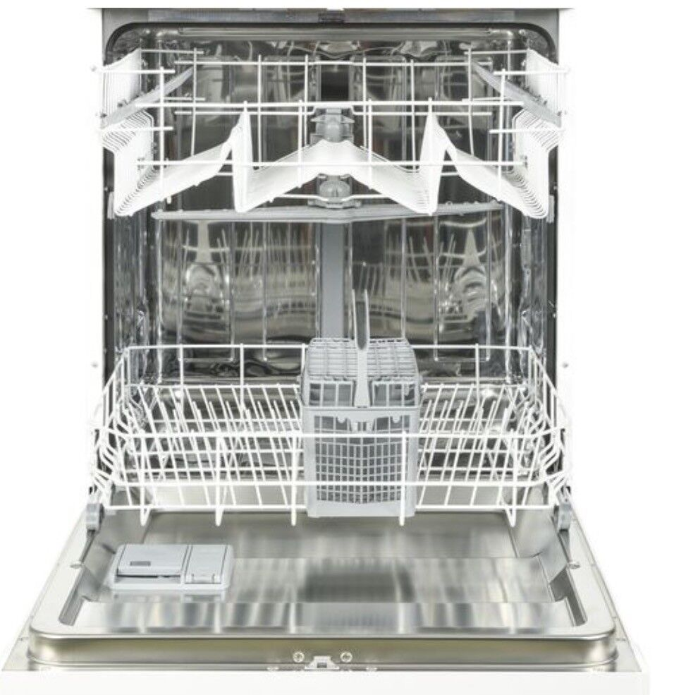 Currys Fullsize Dishwasher In Huntingdon Cambridgeshire