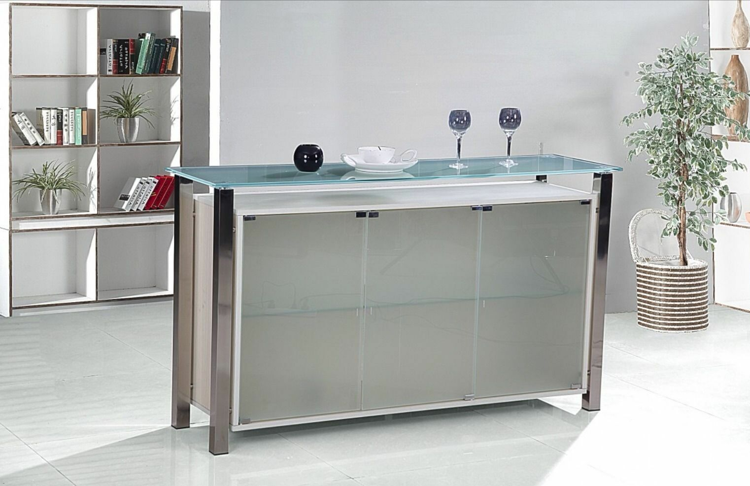 What to look for when buying a drinks cabinet ebay for What to look for when buying kitchen cabinets