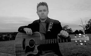 Rossa (Solo Acoustic Act) Heidelberg Banyule Area Preview