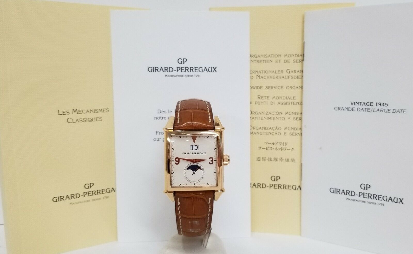 Huge Girard Perregaux Big Date XL 18k Rose Gold Moon Phase Box Papers 2580 - watch picture 1