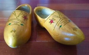 AUTHENTIC DUTCH CLOGS