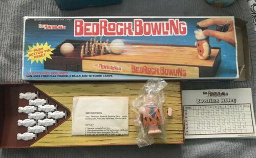 1982 Hanna-Barbera The Flintstones  Bedrock Bowling Set  MISSING FRED/OG BOX