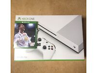 Xbox one s brand new used one hour
