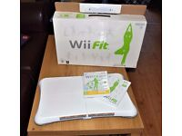 Wii Fit Board with Wii Fit+Wii Fit Plus games