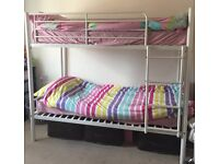 kids bunk bed with mattresse
