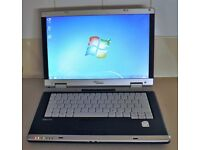 Fujitsu Siemens V3405 Laptop Dual Core 3GB W7 Wifi