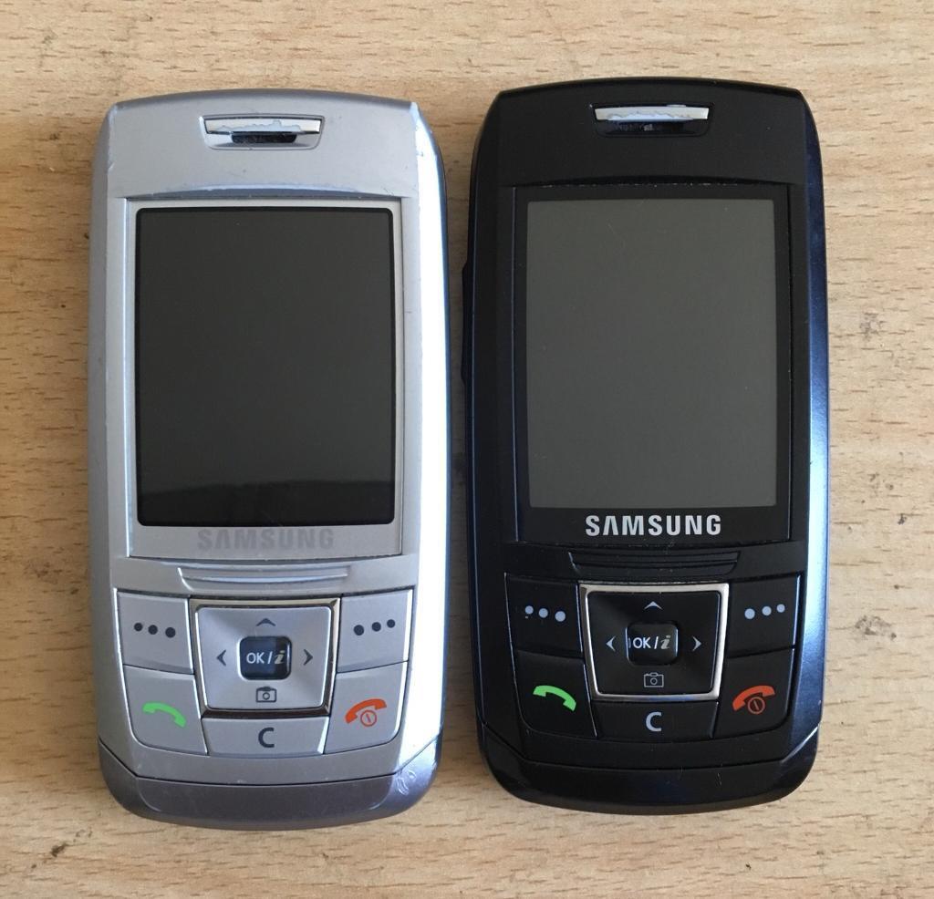 2 OLD RETRO SAMSUNG MOBILE PHONES LIKE NEW   in Bradford ...