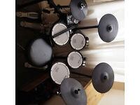 Roland TD11 KV drum set as new!!!