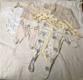 Unisex baby clothes 0-1 month