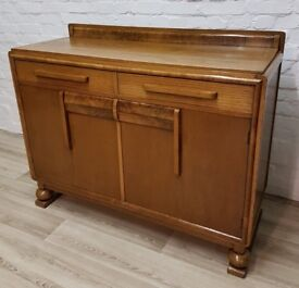 1930's Oak Sideboard (DELIVERY AVAILABLE FOR THIS ITEM OF FURNITURE)