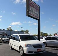 2012 Chrysler Town & Country Limited *WOW IT'S A BEAUTY*