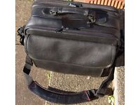 VINTAGE TARGUS LAPTOP CARRY CASE NICE CONDITION WITH SHOULDER STRAPS