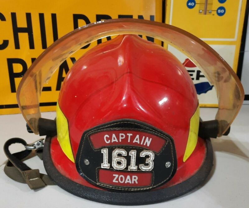Vtg Cairns 662C METRO II Firefighter ZOAR, OHIO Captains Helmet w/Paulson Shield