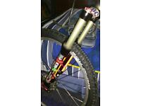 Wanted marzocchi bomber forks