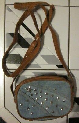 Blaue Nieten-handtasche (Handtasche, jeansblau mit Nieten)