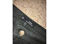 Missguided Black Highwaist Jean Size 10