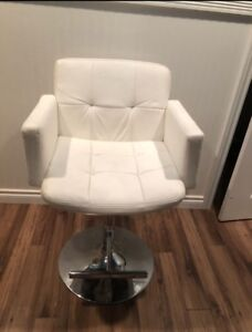 Leather chair 50$