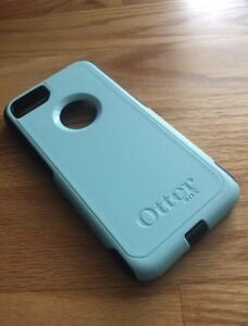 iPhone 7 Teal Otterbox Case