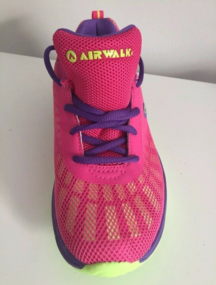 594d581a092c New Airwalk shoes - UK size 6