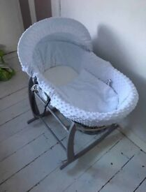 Claire de lune moses basket with stand