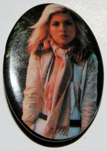 DEBBIE HARRY BLONDIE PIN - OVAL BUTTON 1980