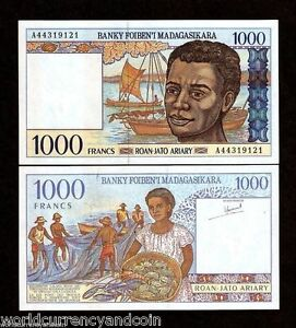 MADAGASCAR-1000-FRANCS-P76a-1994-BUNDLE-BOAT-FISH-UNC-CURRENCY-BILL-100-NOTE
