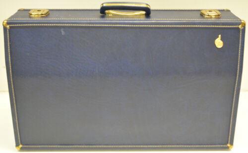 BOOSEY & HAWKES (ENGLAND) TRUMPET CASE, BESSON - CONN, BUNDY, BACH