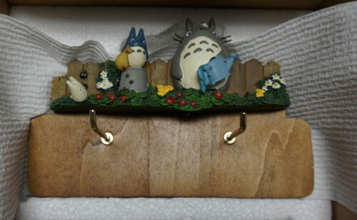 2008  Totoro Wall Calendar (Totoro & Friends on a log)