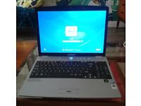 Medion Akoyo 9668 Laptop in working order Windows 7 Ultimate and wiped clear of all data