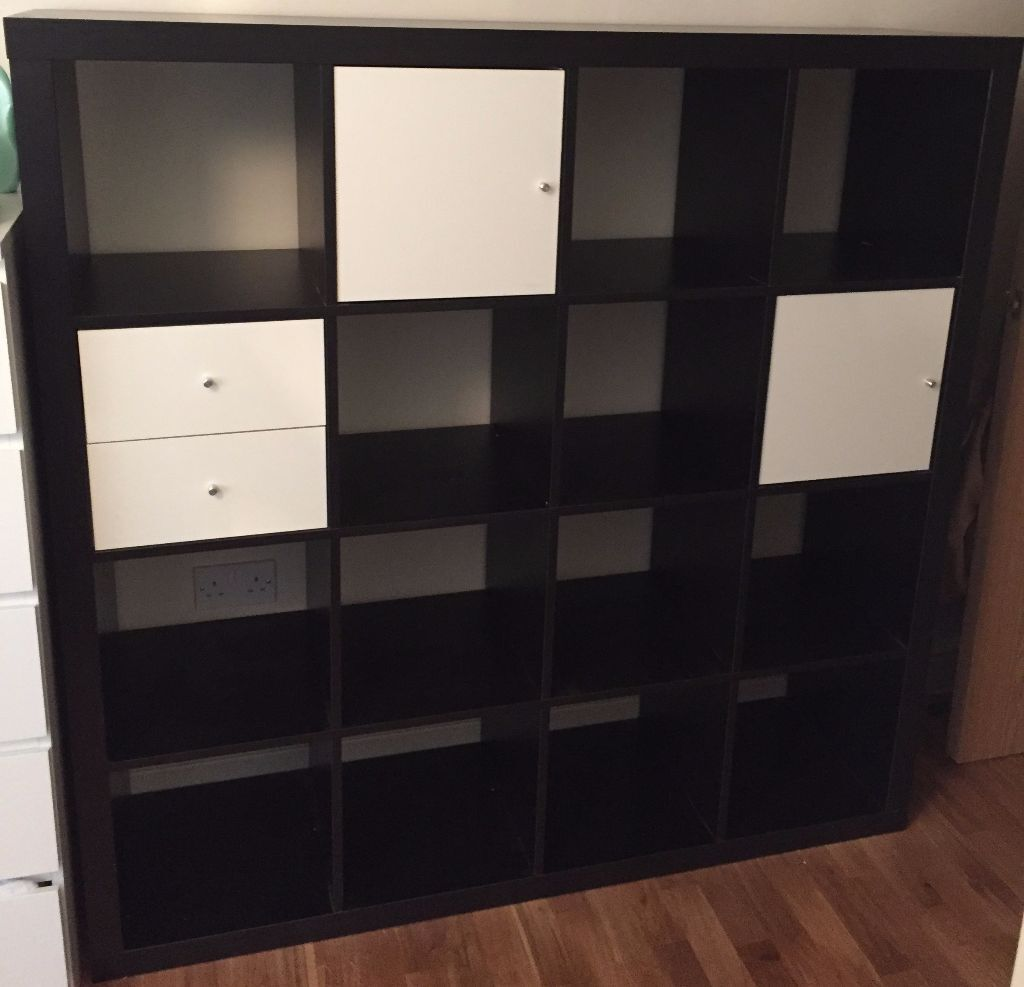Ikea kallax shelving unit in black brown with 3 inserts for Meuble 12 cases