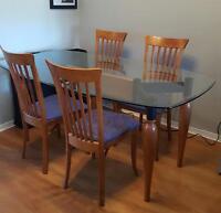 set de cuisine, 4 chaises, dessus en verre