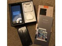 Apple iPhone 7 128GB Jet Black (unlocked)