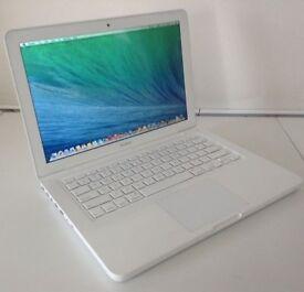 13' Apple MacBook Unibody White 2.26Ghz 4Gb Ram 250GB Garageband Virtual DJ Adobe Microsoft Office