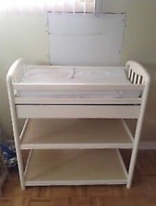 Real Wood GRACO Baby Changing Table