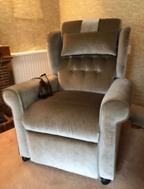 """Brand New never used Willowbrook """"Newhampton"""" electric rise recliner chair with massage feature"""