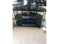 32 inch technika TV and black gloss TV Stand