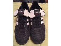 Adidas mundial team men's size 8 U.K. Astro turf boots