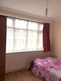 Double Room for rent in Ponders End, Enfield