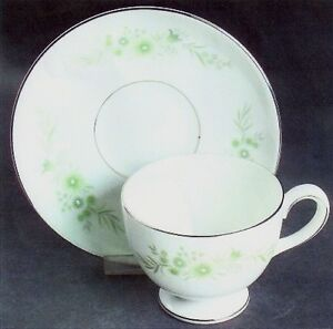 Wedgewood, Westbury footed cups & saucers fine china