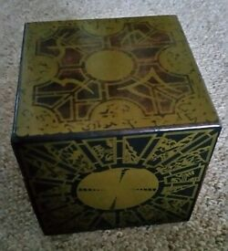 Hellraiser Limited Edition 4 disc DVD puzzle box set collectable
