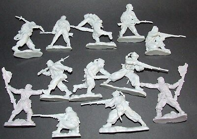 Marksmen ACW set  12, 54mm Unpainted Plastic figures zouaves light grey
