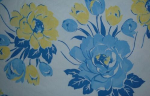 VINTAGE TABLECLOTH FLORAL BLUE YELLOW A BEAUTY