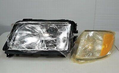 95-98 Audi A6 S6 Left Driver Side LH LF Headlight Assy w/ Side Corner Light