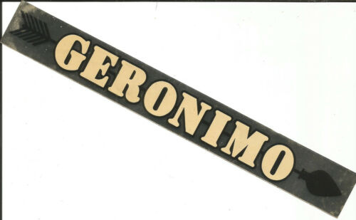 Sticker-GERONIMO, arrow.Native American.Indian.original vintage logo= melaneybuy