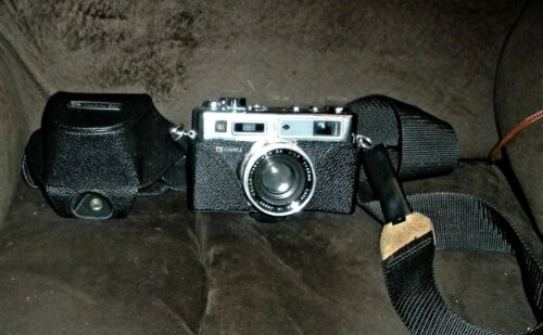 Yashica Electro 35 35mm Camera - excellent working condition