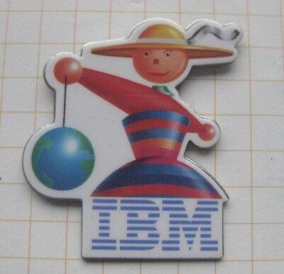 IBM / COMIC ..........................Computer Pin (126e)