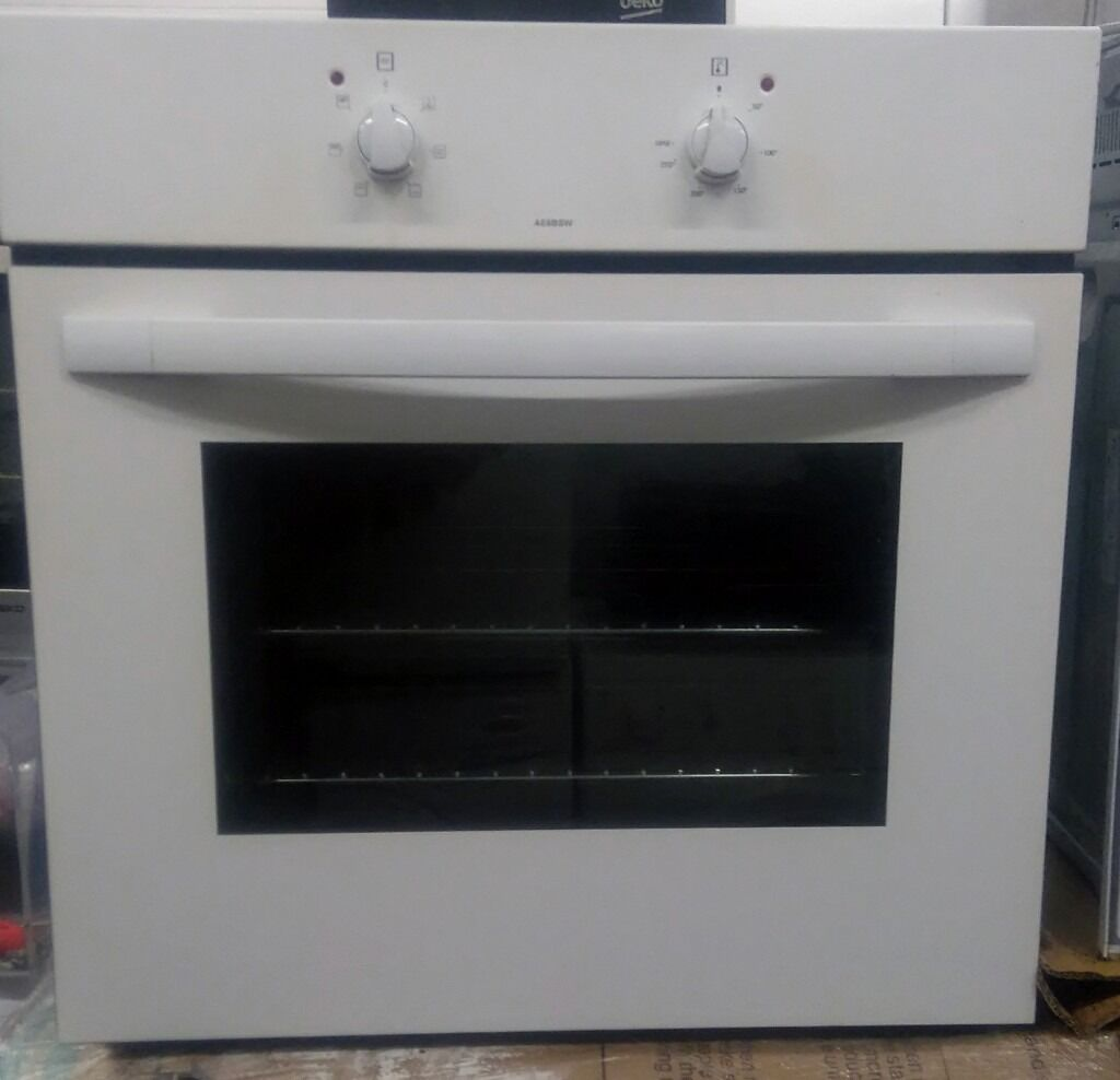 Bush Ae6bsw Conventional Single Built In Oven White Collection Ovens Electric Lamona