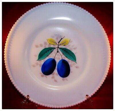 Westmoreland Beaded Edge Fruits Plum Dinner Plate Milk Glass MINT